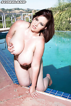 Big-boobed Water Nymph - Paige Turner (80 Photos) - Scoreland